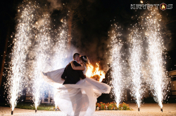 Пиротехническое завершение свадьбы в банкетном зале Михайловское