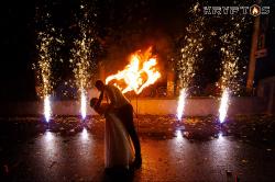 Холодные фонтаны и горящие сердца на свадьбу в банкетном зале Банкет-Холл (Иваново)